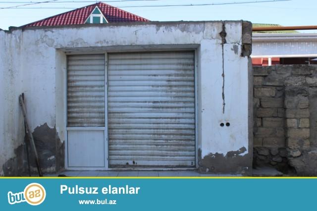 Sabunçu rayonu Zabrat 2 qəsəbəsi Seyid marketə yaxın ərazidə 1...