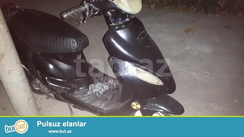 Moped Ela Veziyyetedir .. <br /> Her bir detalin teze deyisdirmiwem...