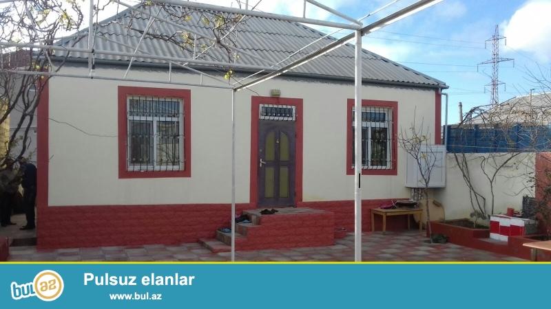 Bileceri qesebesinde Ag Saray sadliq evine ve 91 nomreli marwurutun yoluna yaxin 3 otaqli heyet evi satilir...