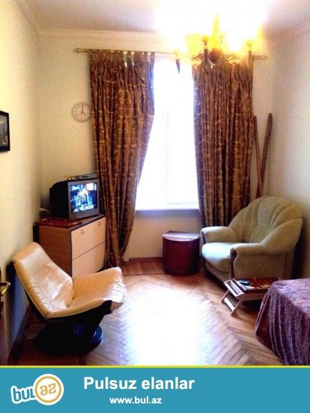 Сдается 3-х комнатная квартира в центре города, в Насиминском районе, по улице Низами 118, рядом с Китайским посольством...