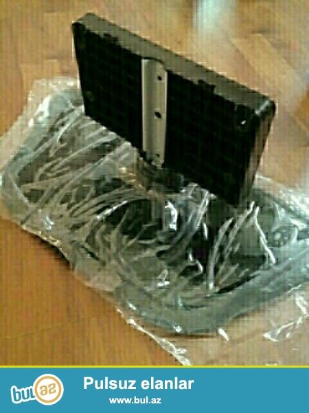 LCD LG Televizor ücün təzə altlığ.<br /> 107sm <br /> Qiyməti-10manat<br /> 055-372-38-01