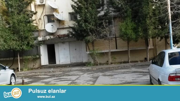 Продается 1 канатная квартира переделанная в 2-х в Хатаинском районе, за метро Хатаи, в доме нефтяников...