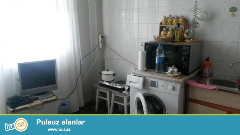 Ehmedli metrosunun yaninda, yol qiraginda, eksperimental layiheli, 16/12, umumi sahesi 45 kv...
