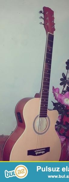 (akustik ) gitara satiram. iwlenmiw