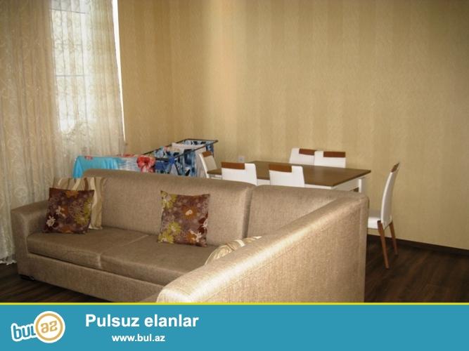 Сдается 2-х комнатная квартира в центре города, в Сабаильском районе, по улице Низами, напротив Театра Молодого Зрителя (Gənc Tamaşaçılar Teatrı)...