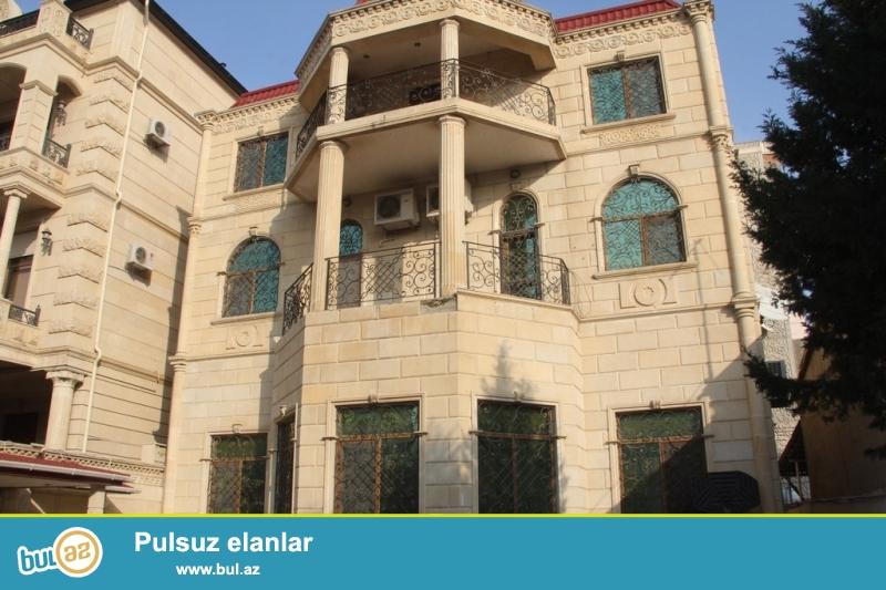 Срочно! По проспекту Ататюрк на улице Теймур Алиева cдается 3-х этажная с подвалом , 9-и комнатная, площадью 1000 квадрат,  с евро ремонтом в классическом стиле вилла...