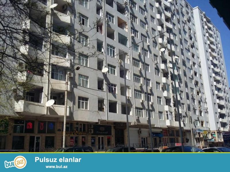 В элитном районе, около ЦСУ, 6-я параллельная, над Фаворит маркет в давно заселенном комплексе с Газом и Купчей продается 3-х комнатная квартира, 14/2, общая площадь 147 кв...