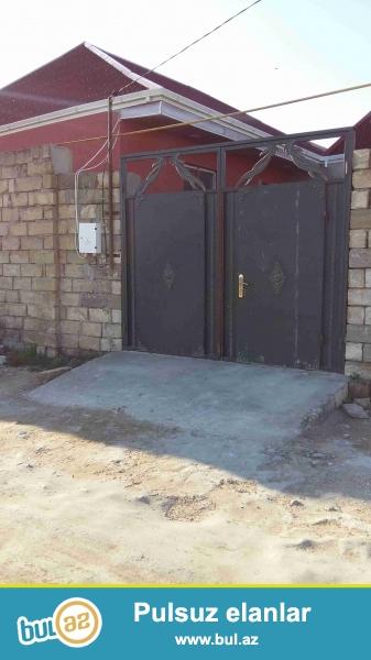 Sabuncu rayonu,Mataga qesebesinde,3-otaqli heyet evi...