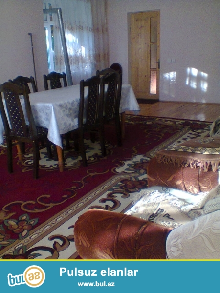 Qebele rayonu Vendam kendinde 2 otaqli tam temirli heyet evi