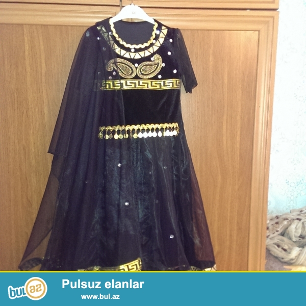 Qiz ve oglan usaqlari ucun milli,hind,ereb,rus,ispan reqs paltarlari satilir...