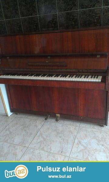 Hech istifade olunmayan antikvar pianino satilir! qiymet 400 ve ya Razilashma yolu ile...