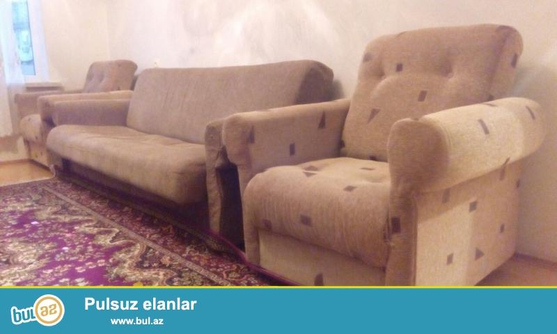 kreslolar ela veziyyetdedir, divani iridir. tecili satilir