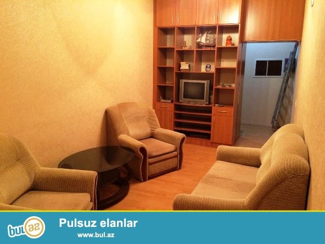 Cдается 3-х комнатная квартира в центре города, в Сабаильском районе, рядом с Аллеей Шахидов  3/5...