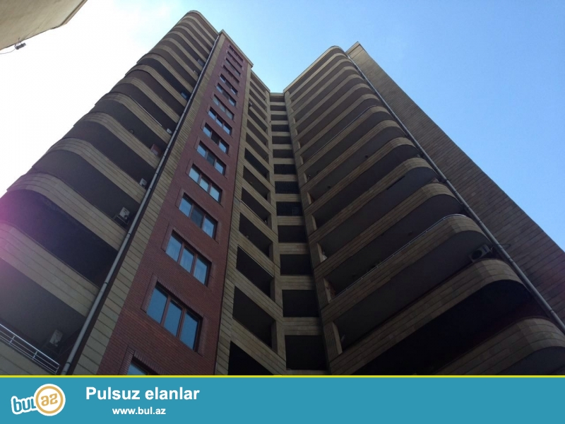 Новостройка! Cдается 3-х комнатная квартира в центре города, в Ясамальском районе, рядом с 5 мертебе, рядом с Турецким лицеем...