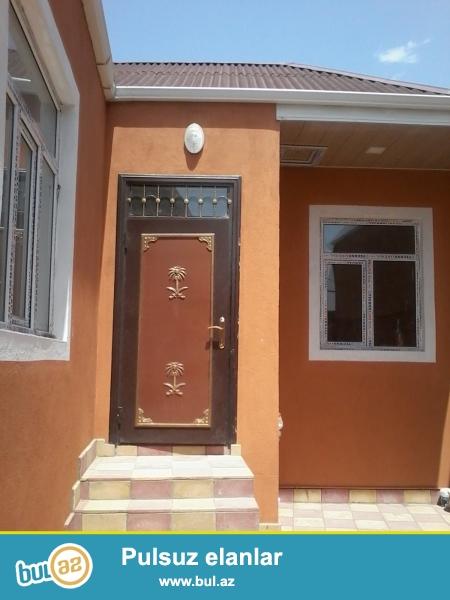 2 otaqli ev tam temirli , istilik sistemi ve komunal xidmetleri var ...