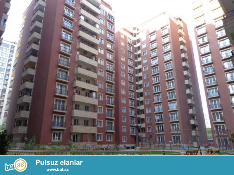 Новостройка! Cдается 5-ти комнатная квартира посуточно в центре города, в  Насиминском районе, по улице Р...