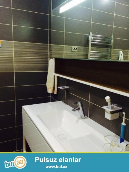 Новостройка! Сдается 4-х комнатная квартира в центре города, в Хатаинском районе, рядом с метро Хатаи, за Хатаинской исполнительной властью...