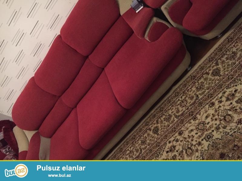 İkinci el divan kreslo satılır yaxşı veziyyetdedir möhkemdir 2 kreslo bir divan 350 manata