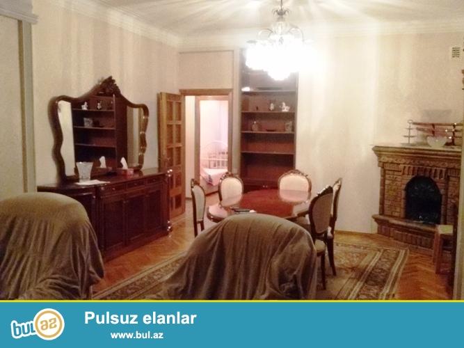 Сдается 4-х комнатная квартира в центре города, в Насиминском районе, по проспекту Азадлыг, рядом с парком Зорге ...