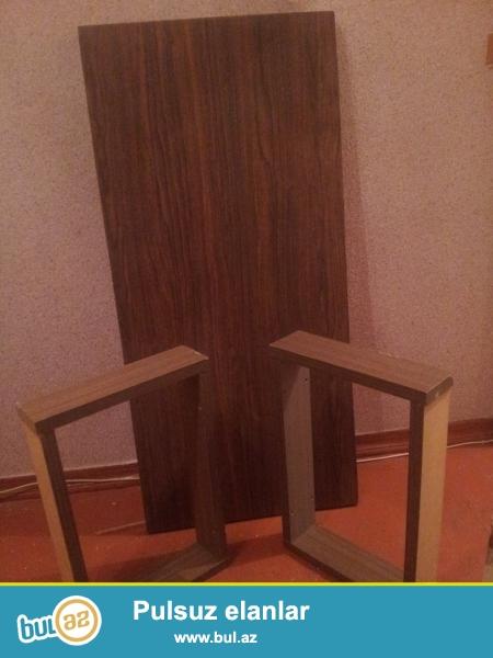 qonaq otağı üçün stol satılır ucuz
