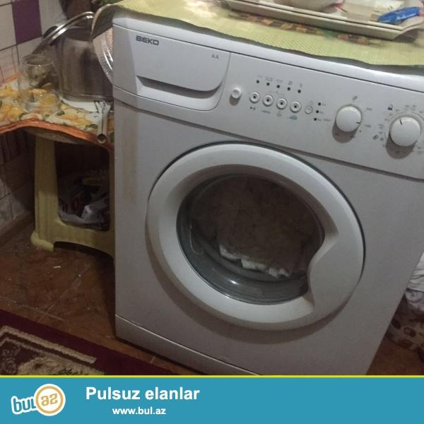 Tecili paltaryuyan satilir <br /> Qiymet - 200 AZN ...