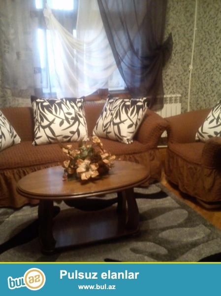 Cдается 3-х комнатная квартира в Бинагадинском районе, в 8 МКР-е, рядом с метро Азадлыг...
