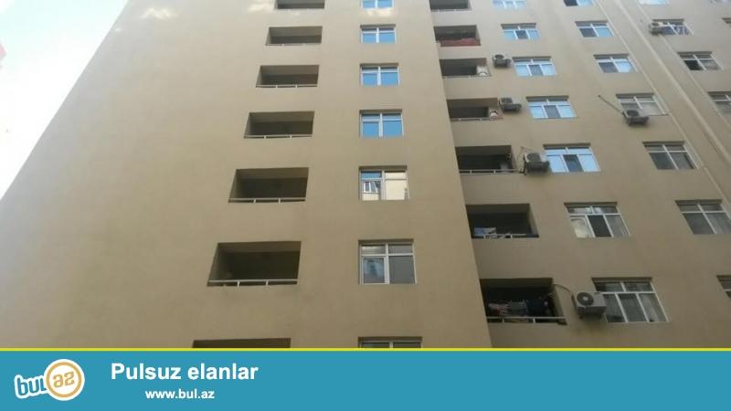 За метро Хатаи, в полностью заселенном комплексе с Газом и Купчей продается 3-х комнатная квартира, 13/9, общая площадь 110 кв...