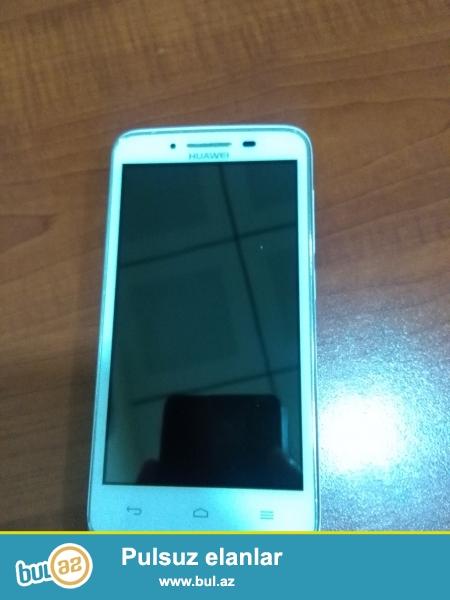 Huawei Y511-U30 ağ rengdedir.Android 4.2.2 Model Y511-U30 Yaddasi 4GB...