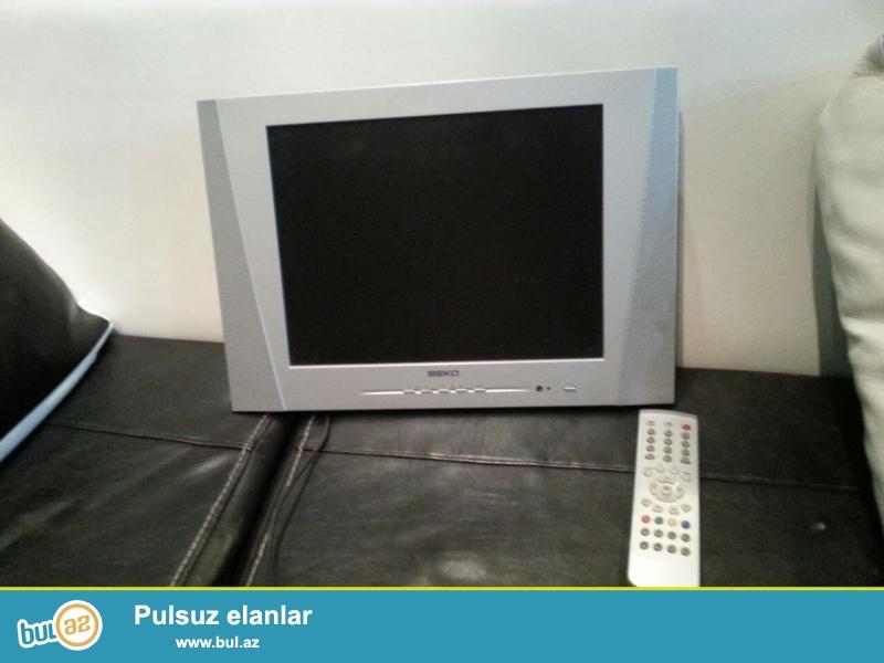 Təcili televizor satılır. Balacadır. əla vəziyyətdədir.