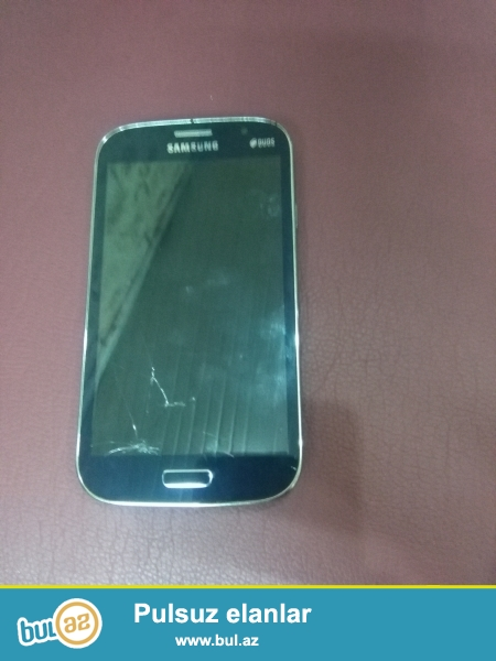 Samsung Grand Neo GT-l9060 Android 4.2.2 Yaddasi 8 GB, RAM 1 GB, Kamera 8 MP,  adaptiri ve nauwniki var...