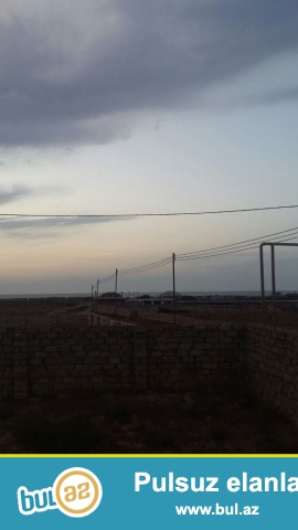Sabunçu rayonu Nardaran qəsəbəsi, Ləhic bağları deyilən ərazidə 4 tərəfi hasarlanmış 12 sot torpaq sahəsi satılır...