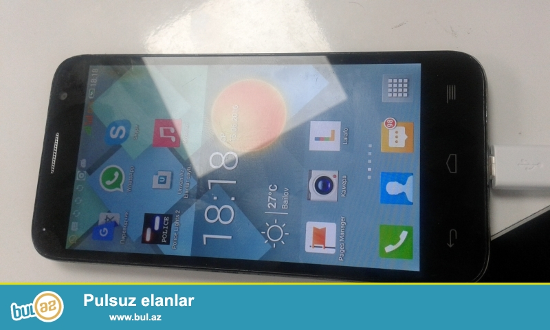 Alcatel idol 2 mini satiram her seyi isleyir adaptri ve ozudur...