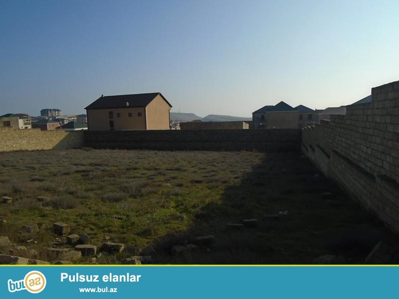 Qala-Şüvəlan mərkəzi yolundan 300 metrlik məsafədə, 9 sot torpaq satılır...