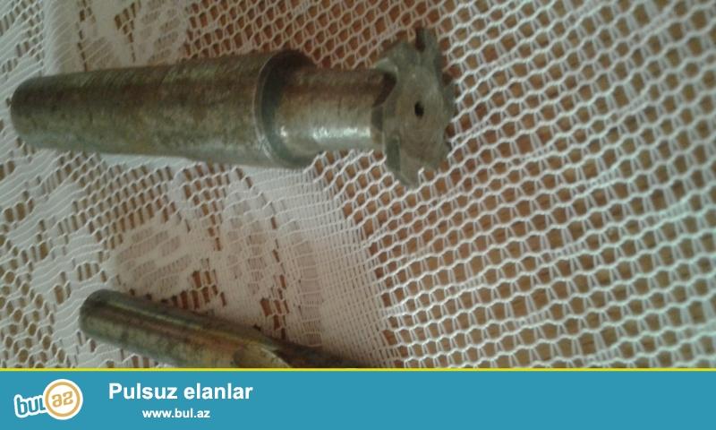 Freza 2dənə<br /> 5azn<br /> 0553723801