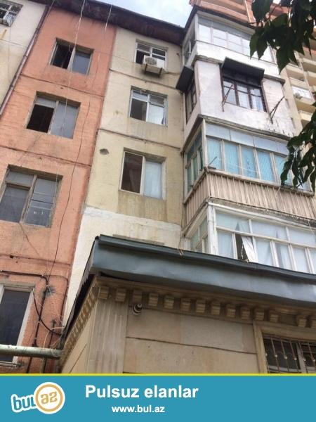 ОЧЕНЬ СРОЧНО!!! 9 мкр, рядом с д/т Тарлан, французский проект, 5-ый этаж, просторные, светлые комнаты, отличный ремонт, полы паркет, пластик...