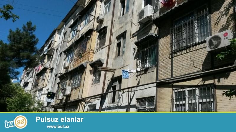 """Nəsimi rayonu, """"20 yanvar"""" metrostansiyasının yaxınlığında, fransız layihəli binada 3 otaqlı mənzil satılır..."""