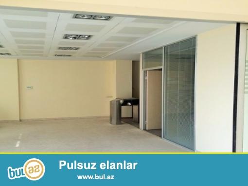 Nərimanov metrosu yaxınlığında, 7min kvm 5 mərtəbəli,40 otaqlı,aylıq arendası, 50 min manat olan otel satılır...