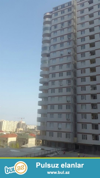 ЭКСКЛЮЗИВ!!! На пр. Матбуат, за авто салоном Chevrolet, в элитном, полностью заселенном комплексе с Газом продается 2-х комнатная квартира, 19/3, общая площадь 53 кв...