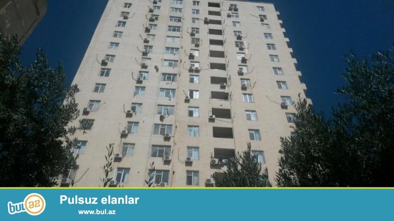 EKSKLUZİV!!! Ehmedlide, Xezer dairesinin yaninda, elit, tam, yaşayiş Qazli ve Kupcali olan kompleksde 3 otagli ev satilir, 16/2, umumi sahesi 125 kv...