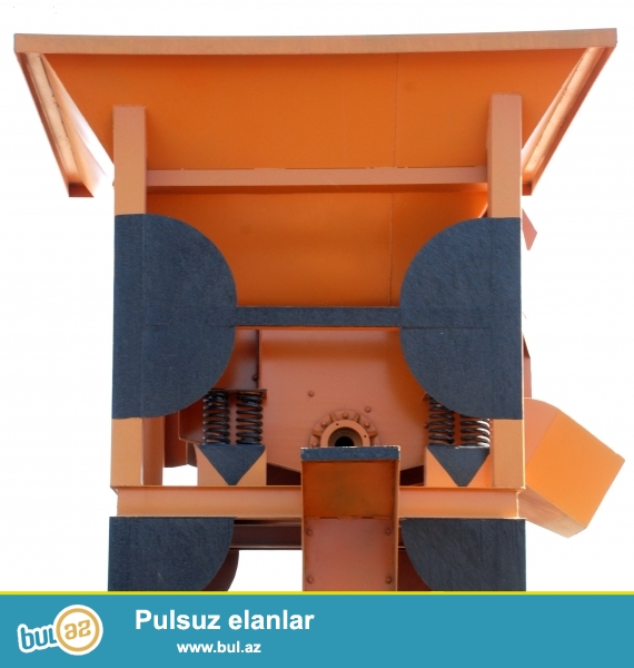 В Баку в наличии  имеется  продажа  дробилок  иранского производства!<br />\r\nДробилки используются в песок, железная  руда, свинец, цинк, картридж мин и есть  три модели дробилок:<br />\r\n•Щековая дробилка-Большой диапазон регуляции размера выходного отверстия, что обеспечивает бесперебой ную   работу машины...