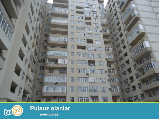 Yasamal rayonu A.Salamzade kucesinde 16 mertebeli yeni tikili binanin 9-cu mertebesinde 2 otaqli, Super temirli menzil satilir...