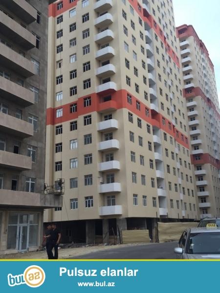 yeni yasamal yeni tikili binada 16 mertibenin 7 ci mertibesinde 51 kv 1 otaqli romontsuz ev satilir tecili 77 nom marwutun axirinci astnofkasi
