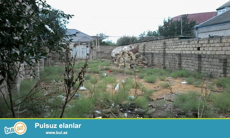 Abseron Rayon Mehdiabad Qesebesinde 3 sot torpaq sahesi satilir, Qazi Isigi su kanalizasiyasi Var...