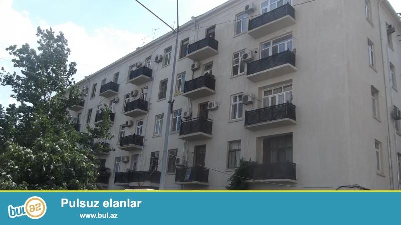 Срочно.<br /> В экологически-чистом районе - по проспекту Строителей, за «ЦСУ» продаётся 2-х комнатная квартира...