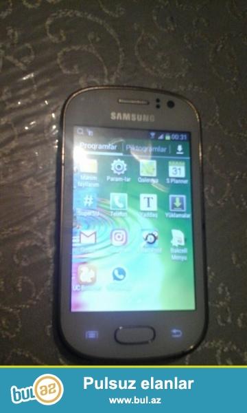 android, sürət (Mhz) 1GHz, kamera (piksel) 5Mp, 4 GB yaddaş (artırıla bilən yaddaş kart yeri), 3G, GPRS, USB, 512 mb ram, Wi-Fi, Bluetooth, GPS...