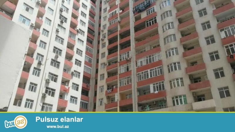 1 мкр, около метро 20 января под полностью заселенной новостройкой продается пустой объект, 1-й этаж 16-и этажного жилого дома, общая площадь 69 кв...