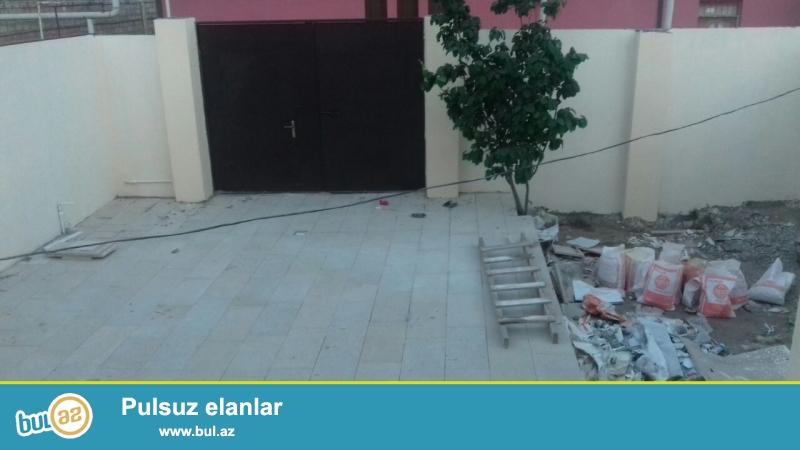 Geniş 4 otaqlı !!! Binəqədi rayonu Biləcəri qəsəbəsi, 92...