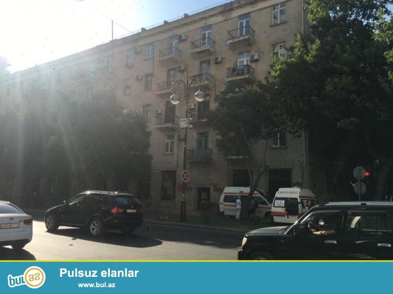 ЭКСКЛЮЗИВ!!! Только для солидных клиентов!!! В самом центре города Баку...