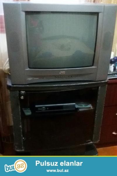 Televizor JVC 54 ekran əlla vəziyyətdə, televizor altlığı ilə biryerdə satılır ...