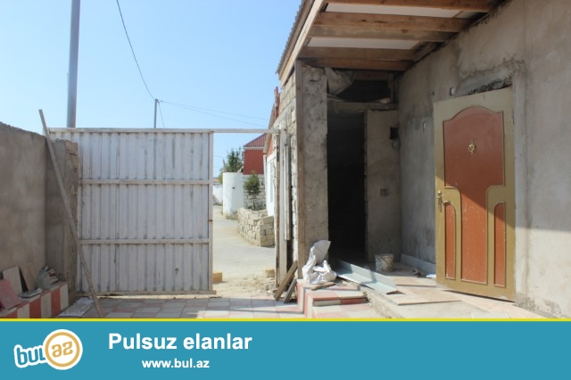 Sabunçu rayonu Sabunçu kruqu, əsas yoldan 600 metr məsafədə, 1...